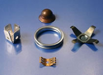 HK Metalcraft manufactures washers, notched washers, gaskets, and metal brackets.